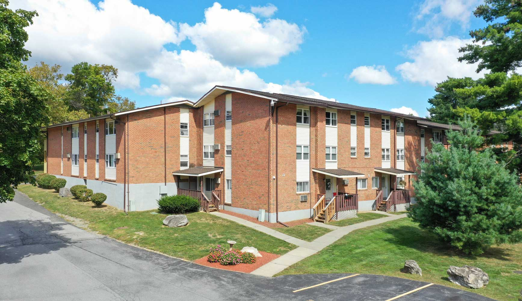 One Bedroom Apartments for Rent at Mountainview Gardens Apartments in Fishkill, NY