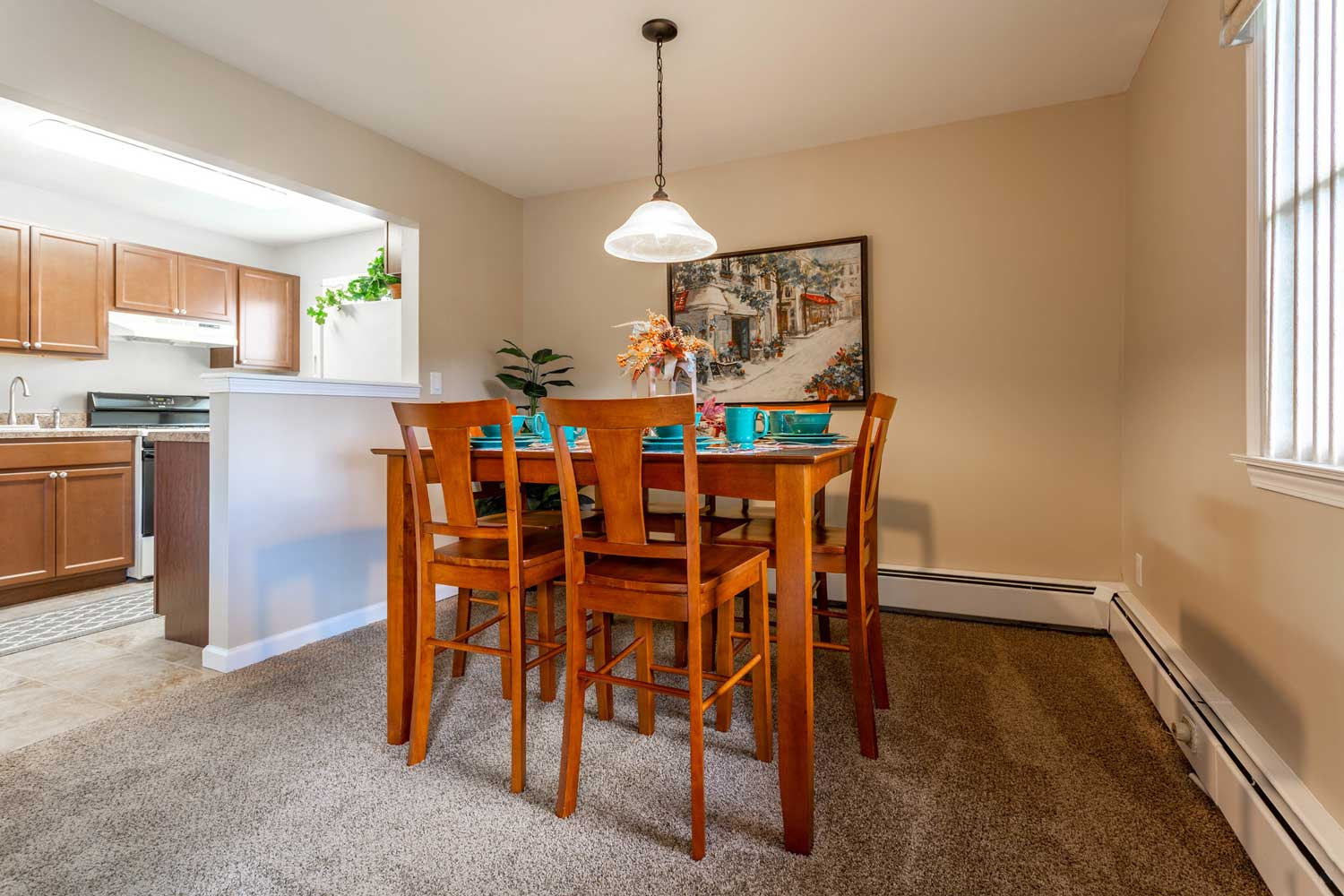 Dining Area at Mountainview Gardens Apartments in Fishkill, NY