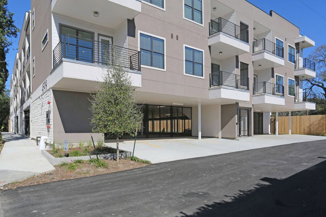 Modern Apartments for Rent at Mt. Vernon Lofts Apartments in Houston, Texas