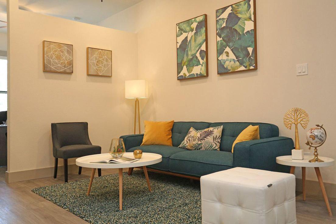 Stylish Interiors at Mt. Vernon Lofts Apartments in Houston, Texas