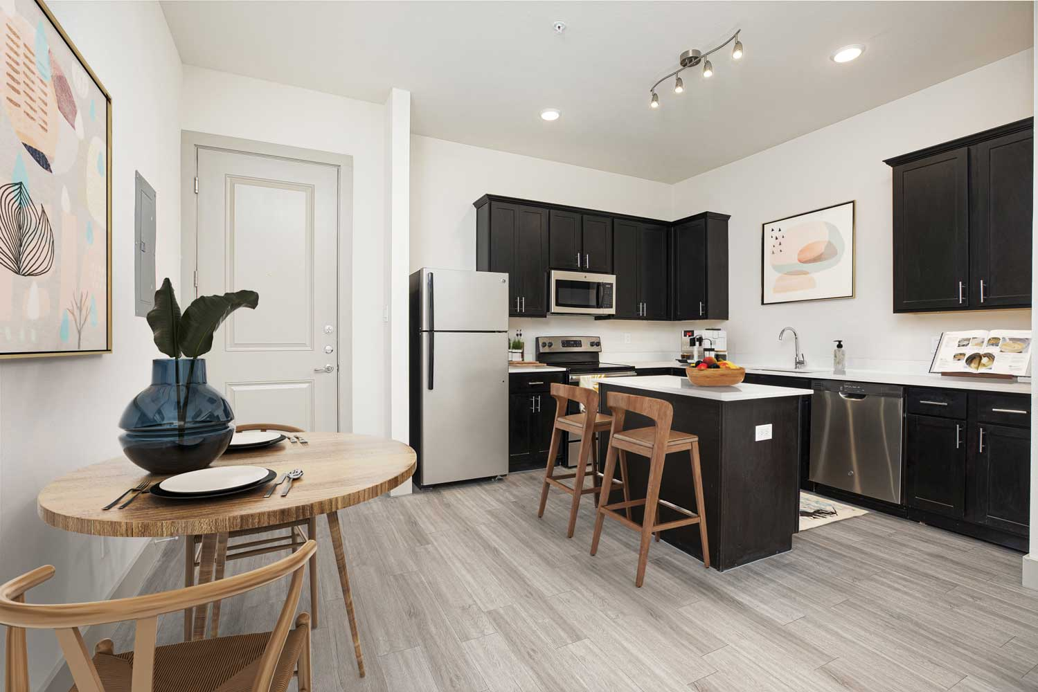 Apartments for Rent at Mt Vernon Lofts Apartments in Houston, TX