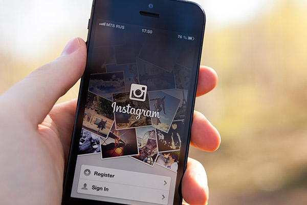 Marketing Your Apartment Community With The Power of Instagram's Visual Sharing Platform