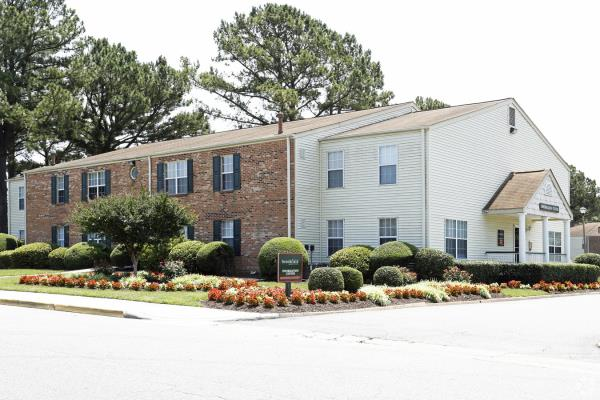 Besyata Investment Group and The Scharf Group Acquire Brookfield Apartments in Virginia Beach