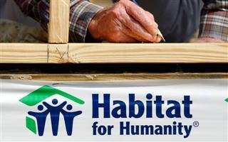 Foundation Donates to Habitat