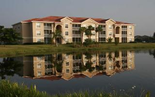 Behringer Invests in Florida Apts