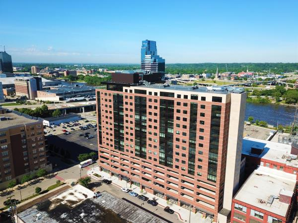 Modern High-Rise Apartment Building Opens Its Doors in Downtown Grand Rapids, Michigan