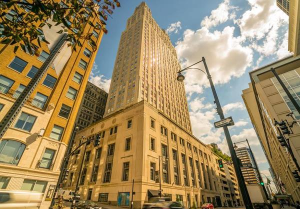 Historic Landmark Residential Tower in Downtown Kansas City Changes Hands for $50.3 Million