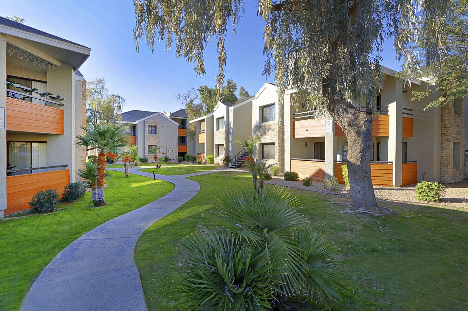 MAXX Properties Expands Footprint With Acquisition of 110-Unit 92Forty Scottsdale Apartments in Popular Phoenix Submarket