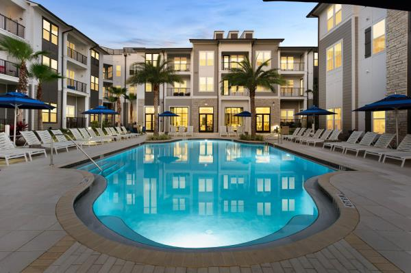 The Praedium Group Completes Purchase of 237-Unit Multifamily Community in Maitland, Florida