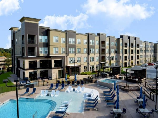 Luxury 254-Unit Apartment Community Celebrates Grand Opening in St. Louis, Missouri
