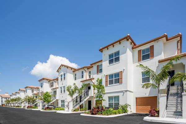 BBX Capital Real Estate Announces Completion of First Apartment Homes at 314-Unit Altis at Bonterra
