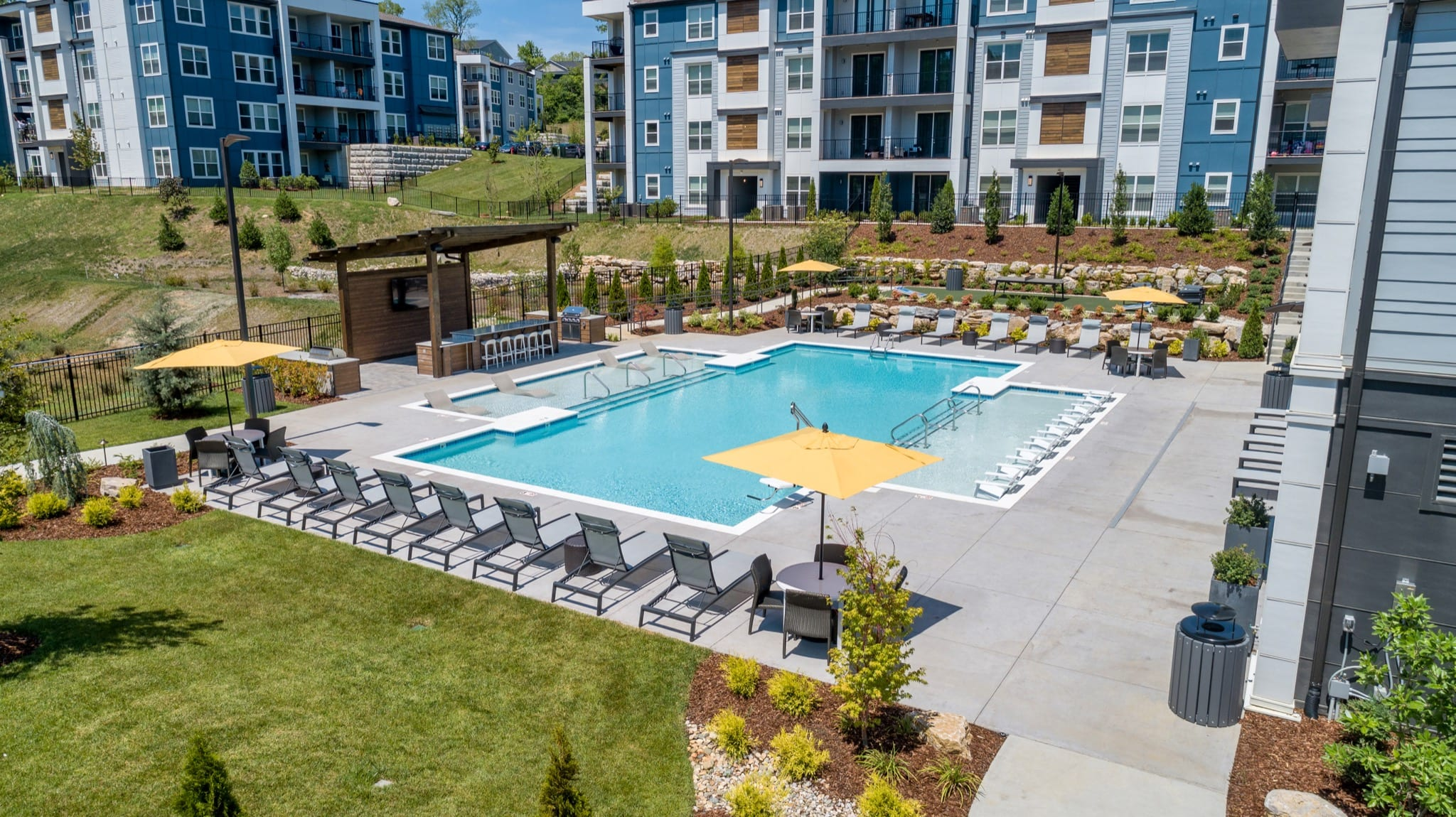 Preferred Apartment Communities Completes Acquisition of 301-Unit The Anson Multifamily Community in Nashville Submarket