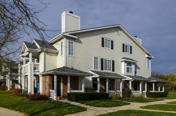 Prime Property Investors Completes Sale of Suburban Chicago Apartment Community for $60 Million