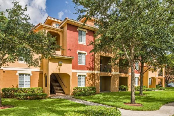 Cortland Partners Acquires Two Apartment Communities for Consolidation in West Palm Beach
