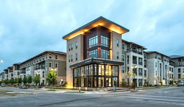 The Praedium Group Acquires 353-Unit Arlington Commons Apartment Community in Arlington, Texas