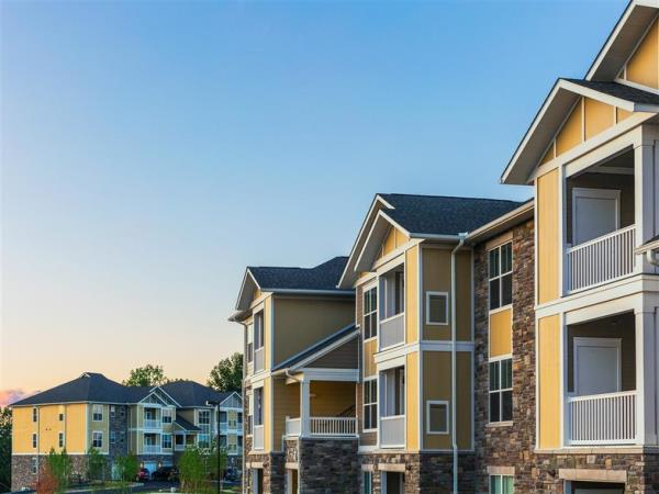 Luxury 319-Unit Multifamily Community in Affluent Northern Pittsburgh Suburb Sells for $61 Million