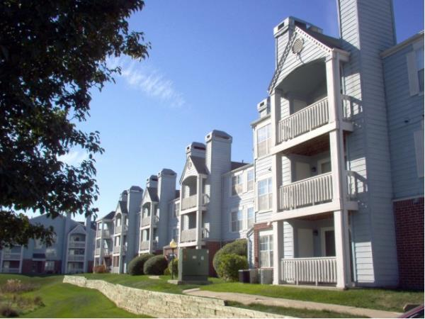 Timberland Partners Acquires 144-Unit Ashley Square Apartment Community in Des Moines, Iowa