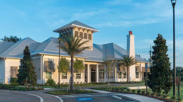 ZOM Living Celebrates Grand Opening of 366-Unit Luxury Garden Apartment Community in Tampa