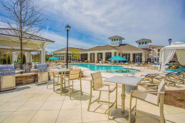 The Bainbridge Companies Opens New 228-Unit Luxury Apartment Community in Suffolk, Virginia