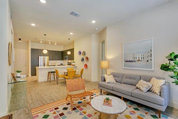 New 180-Unit Upscale Apartment Community Opens in Prestigious Dallas Neighborhood of Preston Hollow