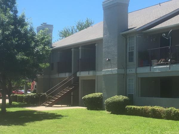 The Bascom Group Acquires 260-Unit Garden Apartment Community in Hot North Dallas Market