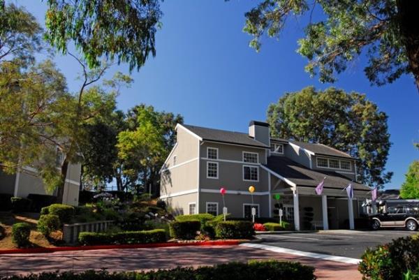 Kennedy Wilson Sells 260-Unit Bay Village Apartments in San Francisco Submarket of Vallejo