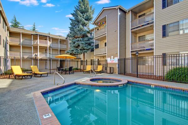 Freshwater Investments Acquires Multifamily Community in Seattle Metro Area for $15.5 Million