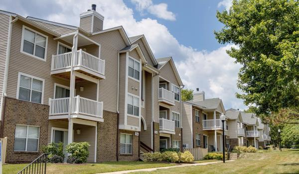 Aimco Announces Acquisition of 748-Unit Bent Tree Apartment Community for $160 Million in Fairfax