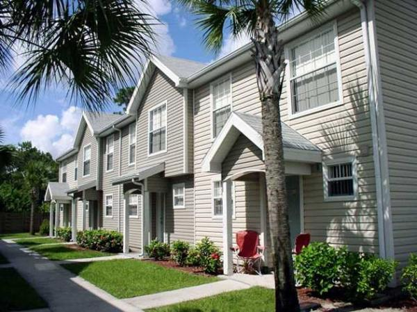 Inland Private Capital Completes Successful Sale of Multifamily Community in Naples, Florida