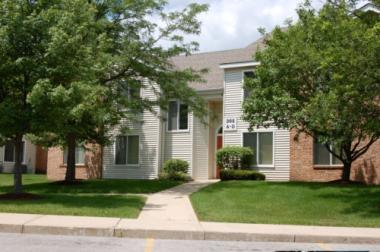 The RADCO Companies Purchases 226-Unit Brittany Court Apartments in Geneva, Illinois