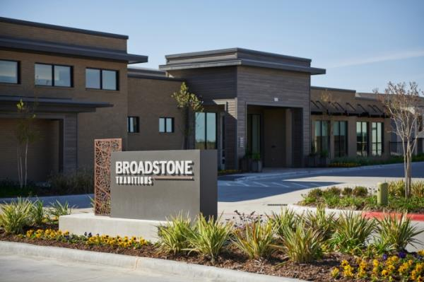 West Shore Acquires 261-Unit Broadstone Traditions Apartment Community in Growing Texas Market