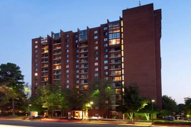 Admiral Capital Real Estate Fund Makes First Multifamily Investment in JV with Wood Partners