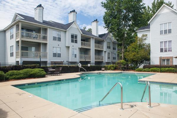 Emma Capital Acquires Two Apartment Communities in Charlotte, North Carolina for $26.9 Million