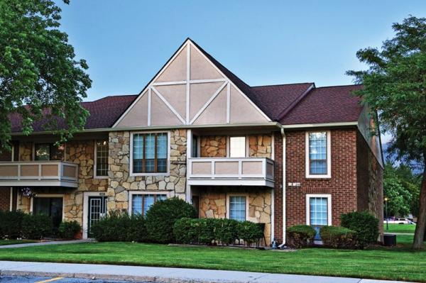 GoldOller Acquires Iconic 2,000-Unit Apartment Complex in Ft. Wayne, Indiana for $85.5 Million