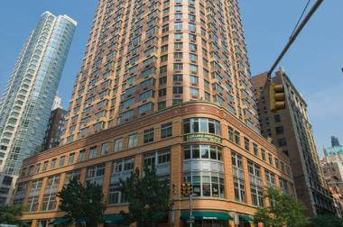 HFF Arranges $130 Million Refinancing for Class-A Multifamily High-Rise Community in Manhattan
