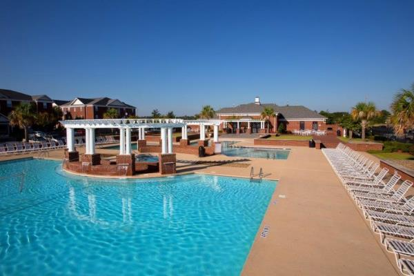 FM Capital and AMAC Holdings Acquire 1,692-Bed Student Housing Community in Greenville