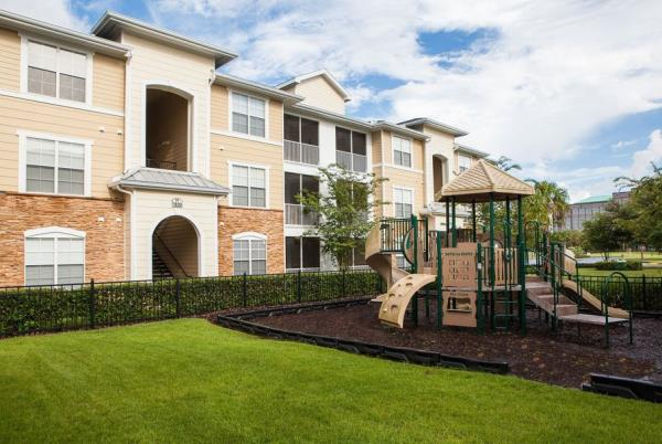 American Landmark Adds 300-Unit Multifamily Community to Its Fast-Growing Portfolio in Tampa