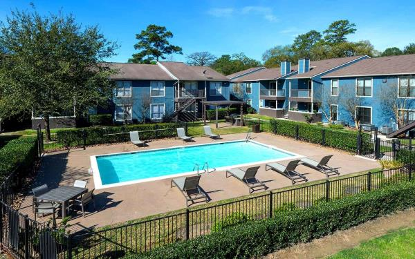 37th Parallel Properties Acquires 300-Unit Multifamily Community in Fast Growing Houston Submarket