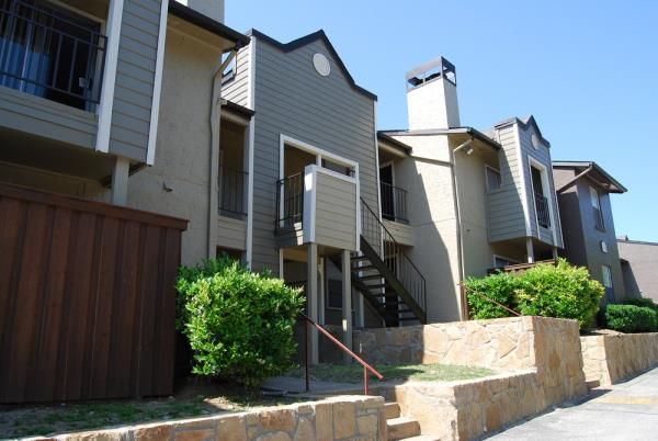 EPC Multifamily Partners Acquires Two Multifamily Communities Totaling 266-Units in Irving, Texas