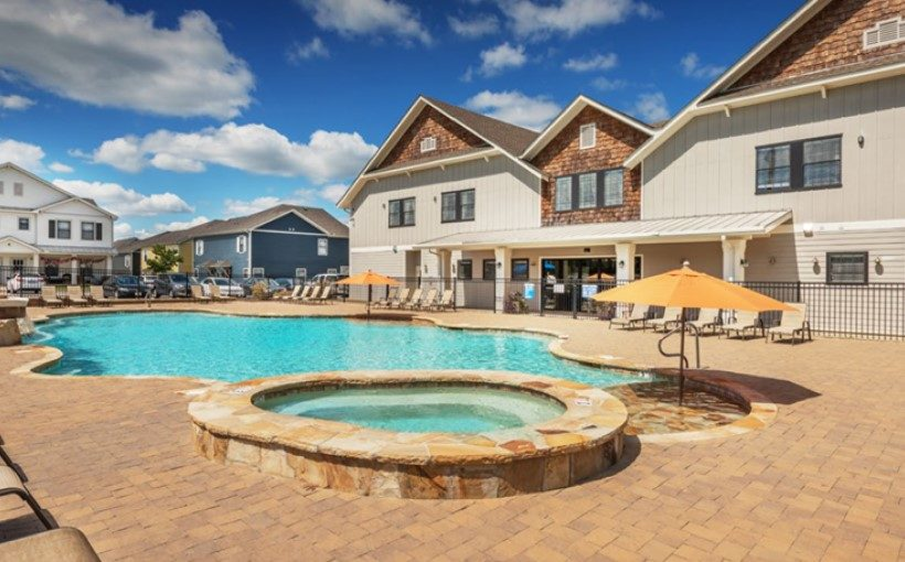 The Preiss Company and Private Equity Real Estate Fund Acquire Aspen Heights Student Housing Complex Near Auburn University