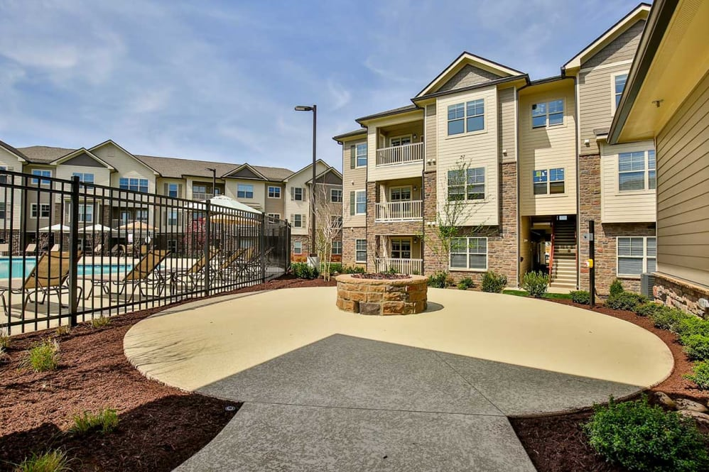 Hamilton Zanze Marks Fifth Acquisition in Nashville Metro Area with 248-Unit Commonwealth at 31 Multifamily Community