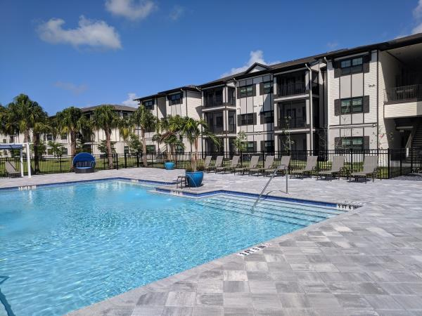 Two Florida Multifamily Communities Receive $65 Million in Financing Through Walker & Dunlop