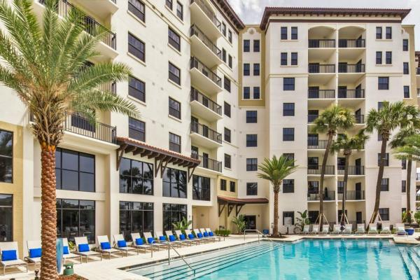 Crescent Communities Inks $111.5 Million Landmark Sale of Multifamily Community