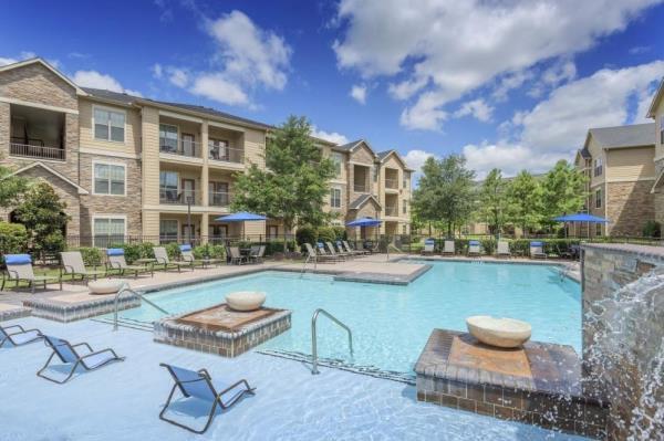 The Praedium Group Acquires 260-Unit Discovery at Mandolin Apartment Community in Houston