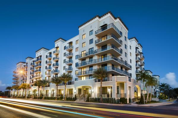 Waterton Acquires 221-Unit Mid-Rise Apartment Community in High-Growth West Miami Market