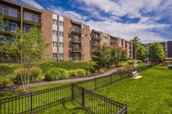 CIM Group Acquires 1,180-Unit EOS Twenty-One Apartment Community in Alexandria, Virginia