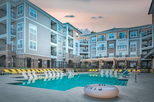 The Preiss Company Opens 425-Bed Student Housing Community to Serve East Carolina University