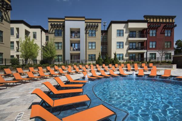 EdR Acquires Pedestrian to Campus 305-Bed Student Housing Community at Auburn University