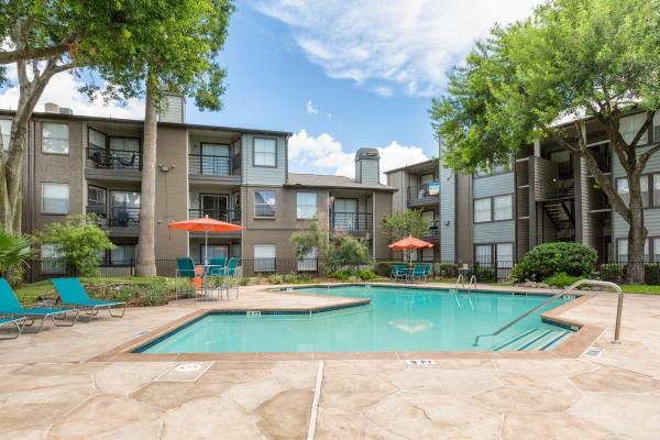 ClearWorth Capital Acquires 284-Unit Edge at City Centre Apartments in Houston, Texas
