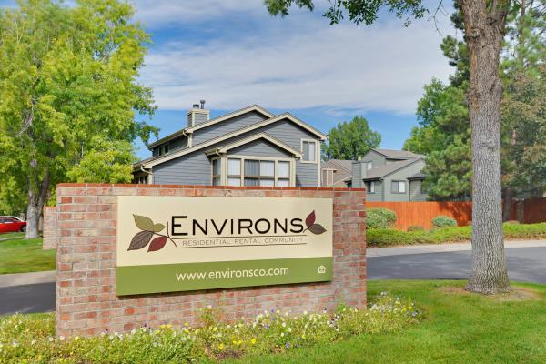 Hamilton Zanze Acquires 318-Unit Environs Residential Rental Community for $82 Million in Colorado